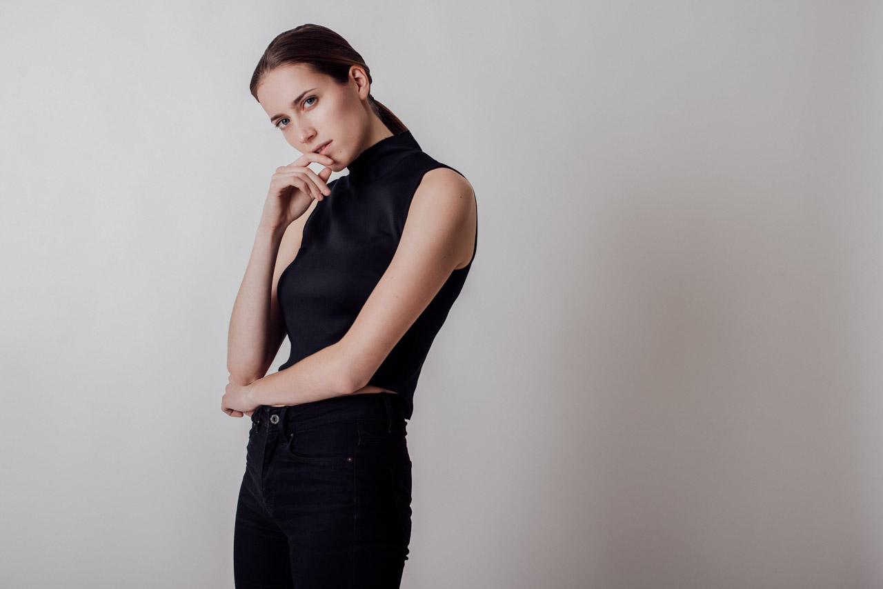 Natural Fashion Look with Ananda